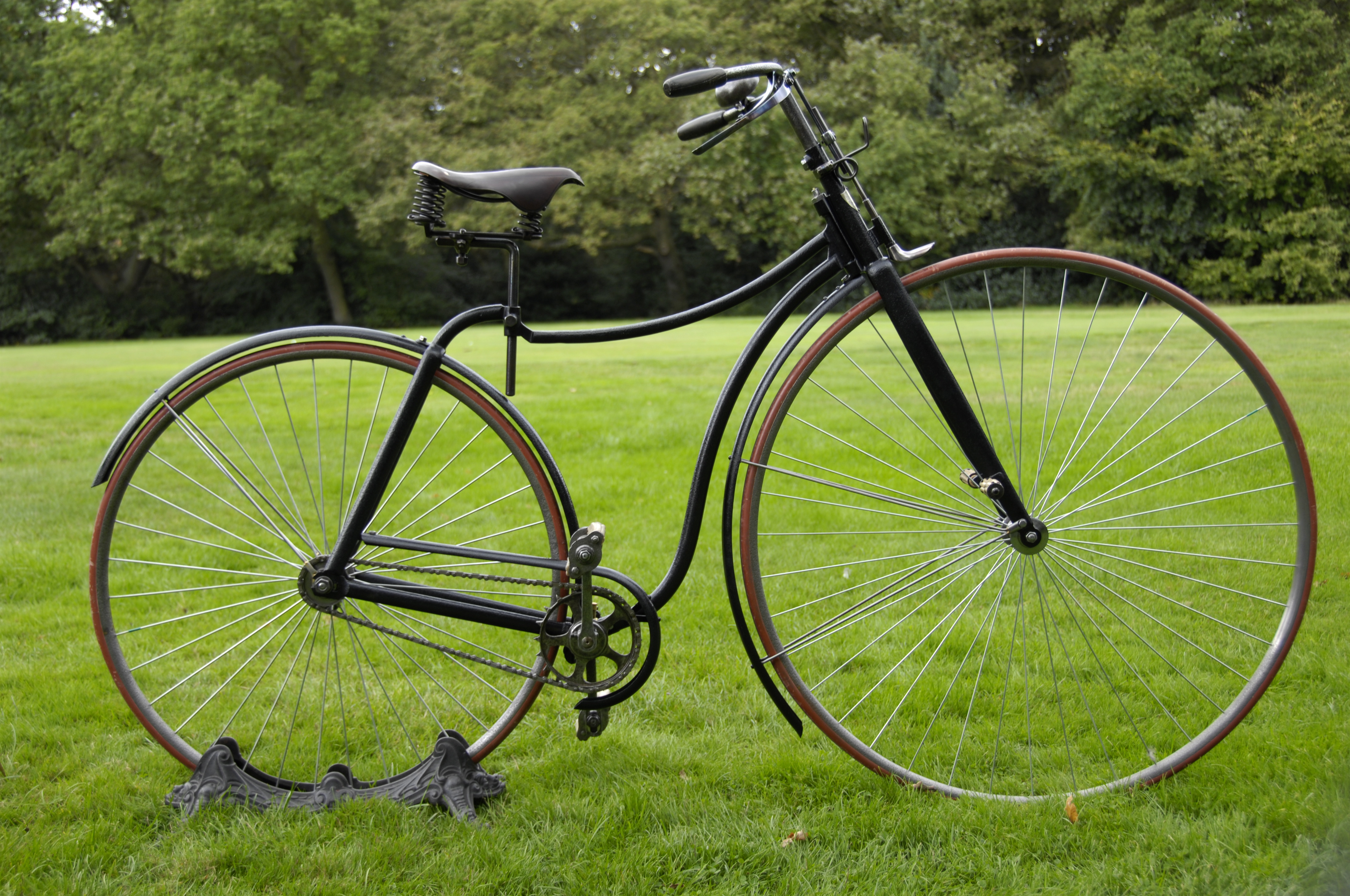 The Rover Safety Bicycle 1887 - Starley and Sutton ...